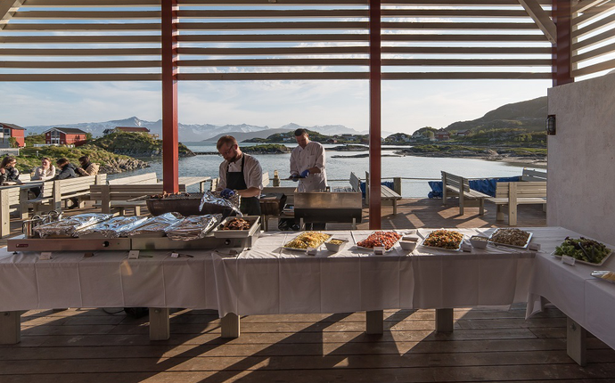 Sommarøy Arctic Hotel Tromsø - Terassen utenfor to av møterommene