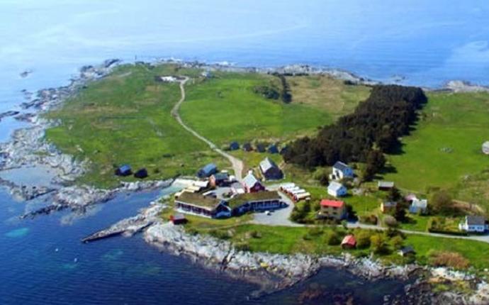 Vigra Fjordhotell