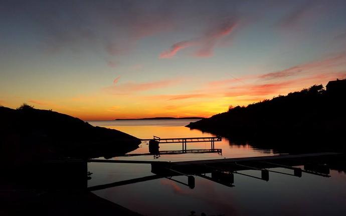 Hankø Hotell & Spa - Vadbukta i kveldsstemning