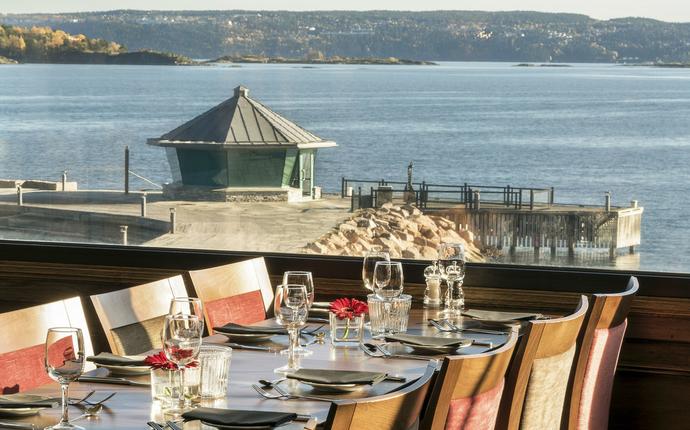 Holmen Fjordhotell - Restaurant med utsikt