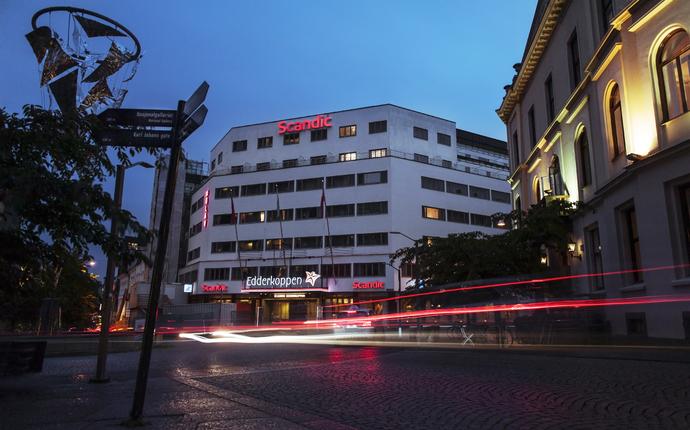Et moderne hotell, sentralt og nyoppusset.