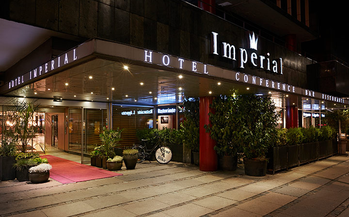 Imperial Hotel - Fasade