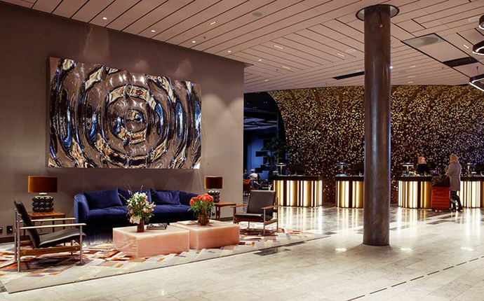 Clarion Hotel The Hub - Lobby lounge