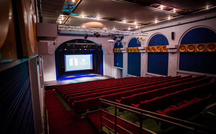 Hotel Victoria - Teatersalen