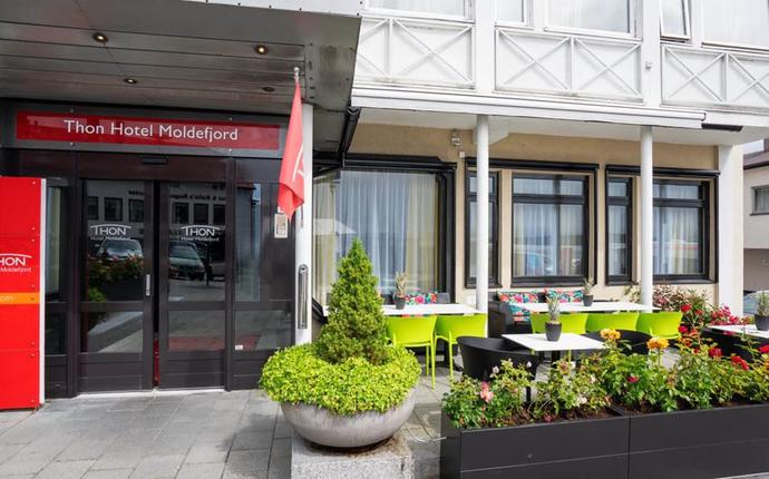 Thon Hotel Moldefjord - Fasade