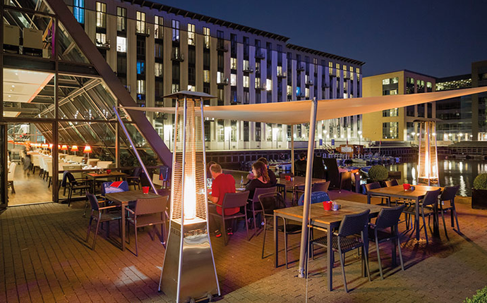 Copenhagen Island - Harbour restaurant ute