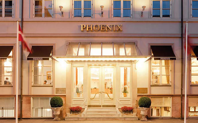 Phoenix Copenhagen - Fasade