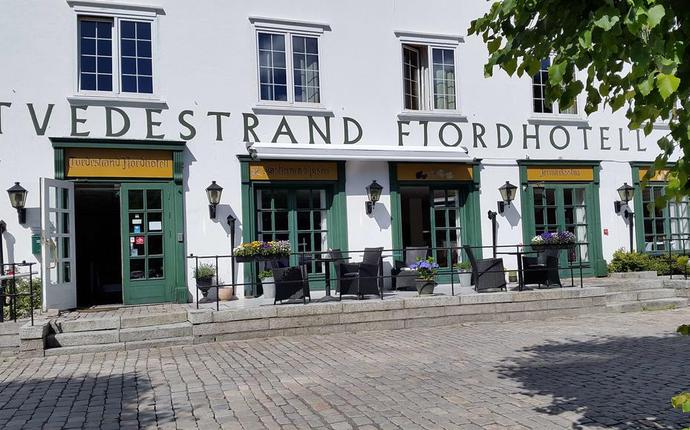 Tvedestrand Fjordhotell - Fasade