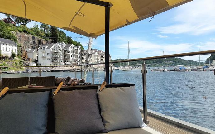 Tvedestrand Fjordhotell - Uteservering