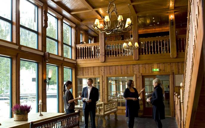 Gudbrandsgard Hotell- midt i hjerte av Kvitfjell - Gildehallen