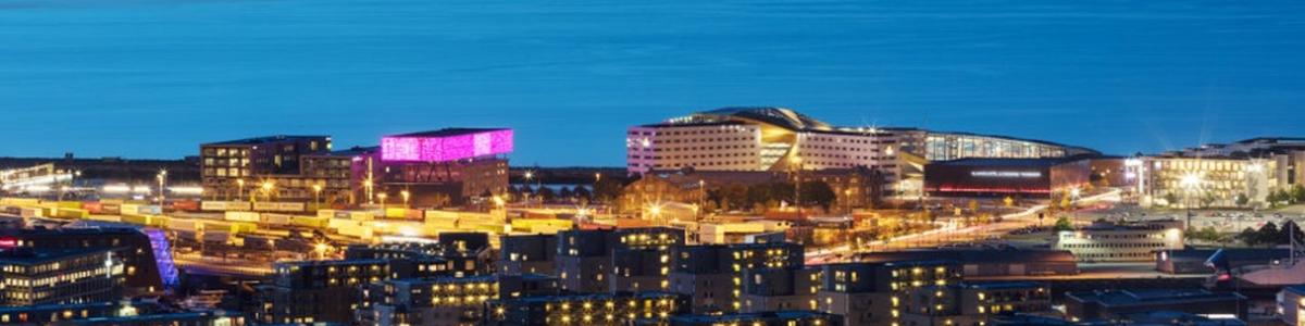 Utsikt mot Rockheim, Clarion Hotel & Congress og Pirbadet