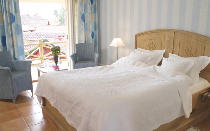 Engø Gård Hotel & Restaurant - Rom i Årstidene