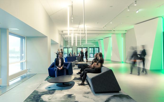 X Meeting Point - Vi har også større, mer tradisjonelle møterom, i ulike størrelser.