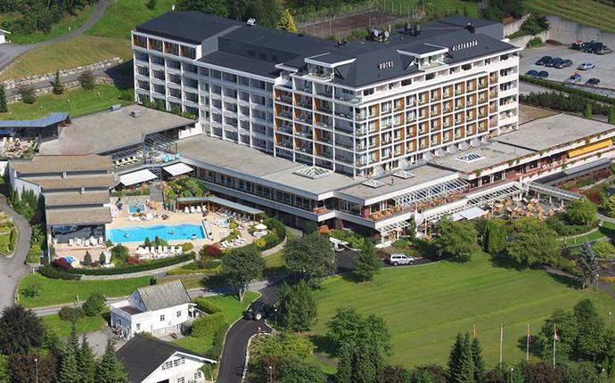 Hotel Alexandra, Loen - Hotel Alexandra i Loen